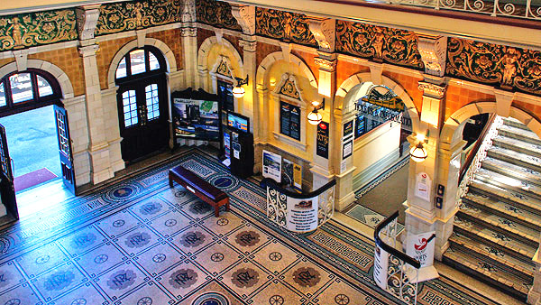Dunedin railway station, South Island, New Zealand photo tour image