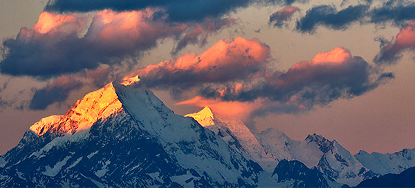 Mount Cook at sunrise, South Island, New Zealand photo tour image